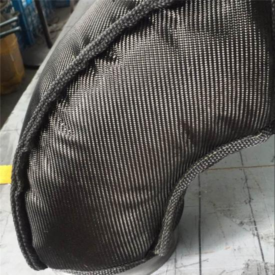 Exhaust pipe thermal insulation jackets